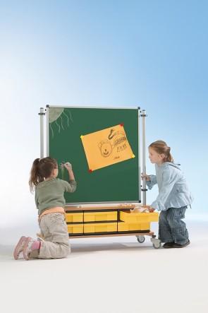 Raumteiler grüne Stahlemaille Tafel 90x90 mit Boxenschrank