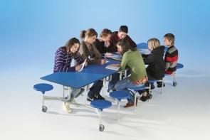 Spaceflex 2.0 Klapptisch mit 16 Sitzen