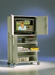 mobiler TV-Schrank mit 4 Türen, 1 Rollauszug und 2 Böden