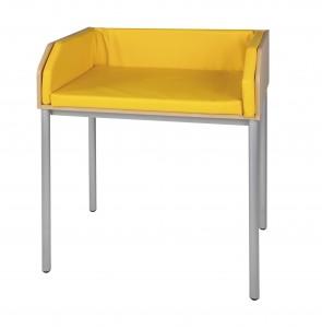 Wickeltisch mit Stahlrundrohrgestell